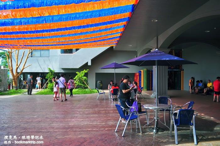 台灣優格餅乾學院中央廣場