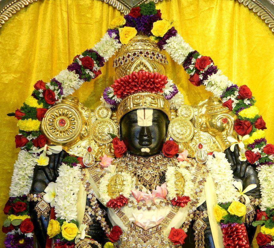 ISKCON Pune NVCC Deity Darshan 10 Jan 2017 (1)