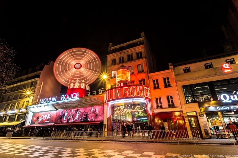 moulin rouge long exposure