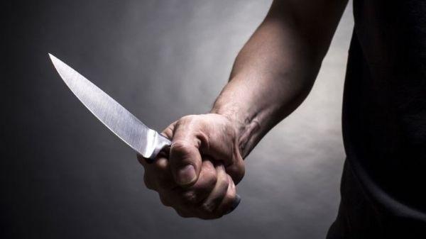 funcionaria-esquiva-facada-bandido-assalto-preso(1)(1)