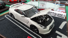1:24 Nissan GTR Mines Edition in white