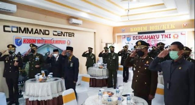 Dandim 1011/Kapuas bersama Fokopimda Ikuti Peringatan HUT ke 76 TNI Secara Vitual