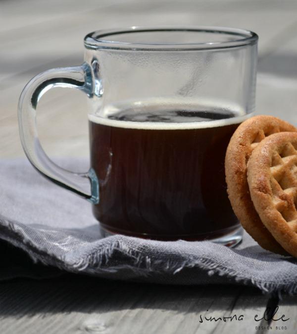 simona_elle_Caffè_americano