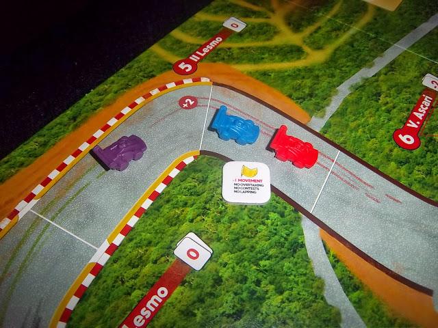 RACE! FORMULA 90 - Primeiras impressões 100_2082