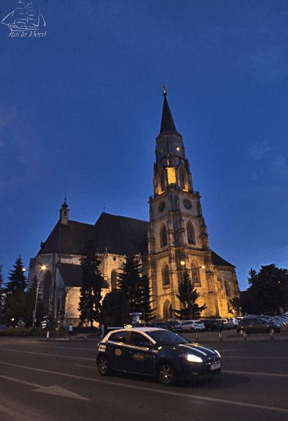 biserica sfantul mihail cluj noaptea