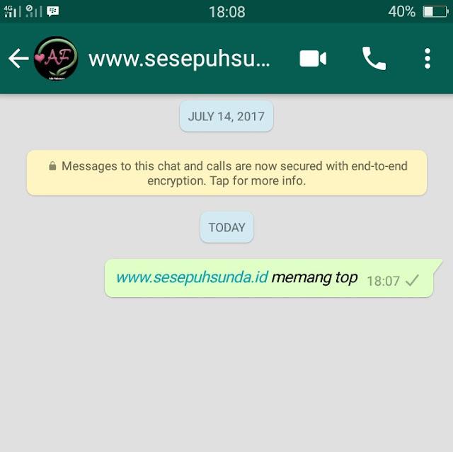 chat WA miring