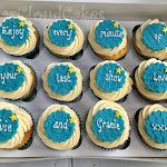 Message cupcakes 1.JPG