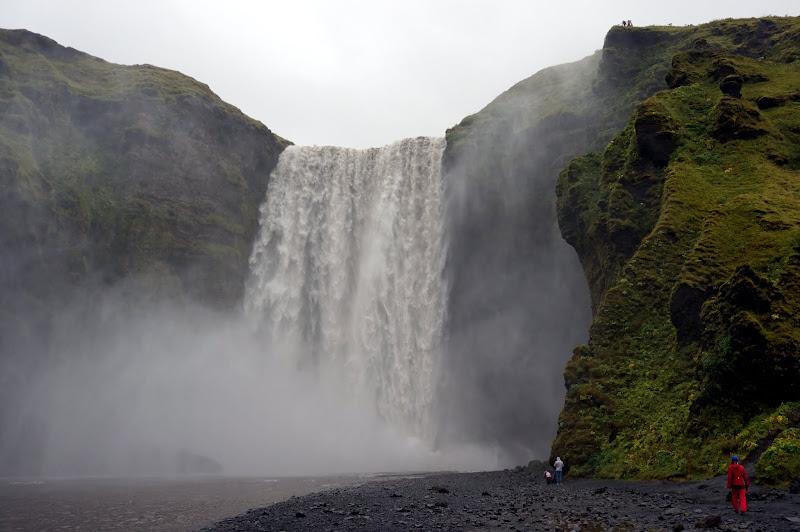 DSC05610 - Skogafoss waterfall