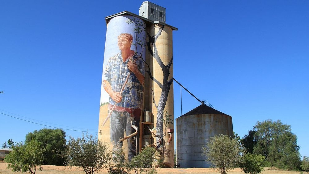 patchewollock-silo-art-1