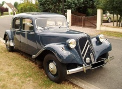 Citroen Traction 11 B bleue 1957