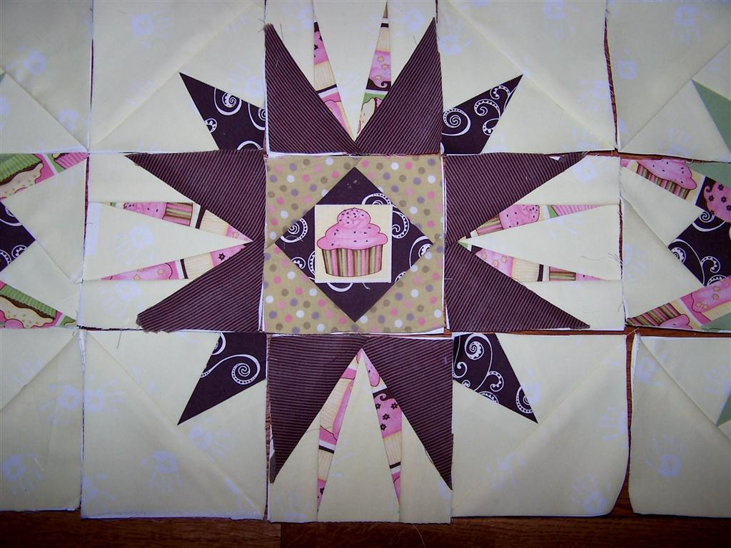 Zoey Quilts: A Cupcake Quilt Block should Look Chocolatey--Don't ... : cupcake quilt block - Adamdwight.com