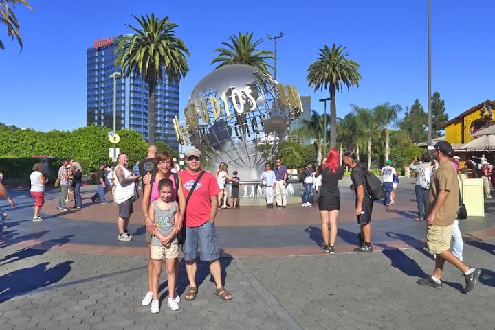 CALIFORNIA, Here We Goooooooooooo! (The End) - Page 3 DIA15%2520UNIVERSAL