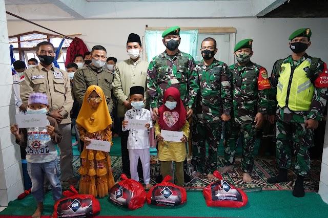 Peduli Yatim Dan Kaum Dhuafa, Brigjen TNI Achmad Fauzi Berikan Santunan