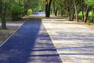 Photo: W śladzie ul. Jaracza szeroka na 2,5 m droga dla rowerów i bardzo szeroki chodnik