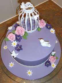 A beautiful birdcage baked delight!