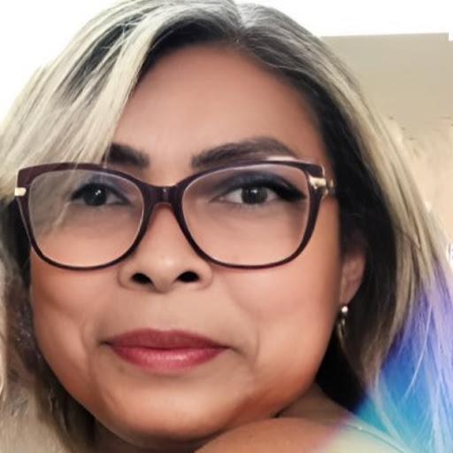 Nadja Cruz