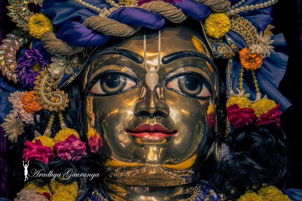 ISKCON Mayapur Deity Darshan 31 Dec 2016 (26)