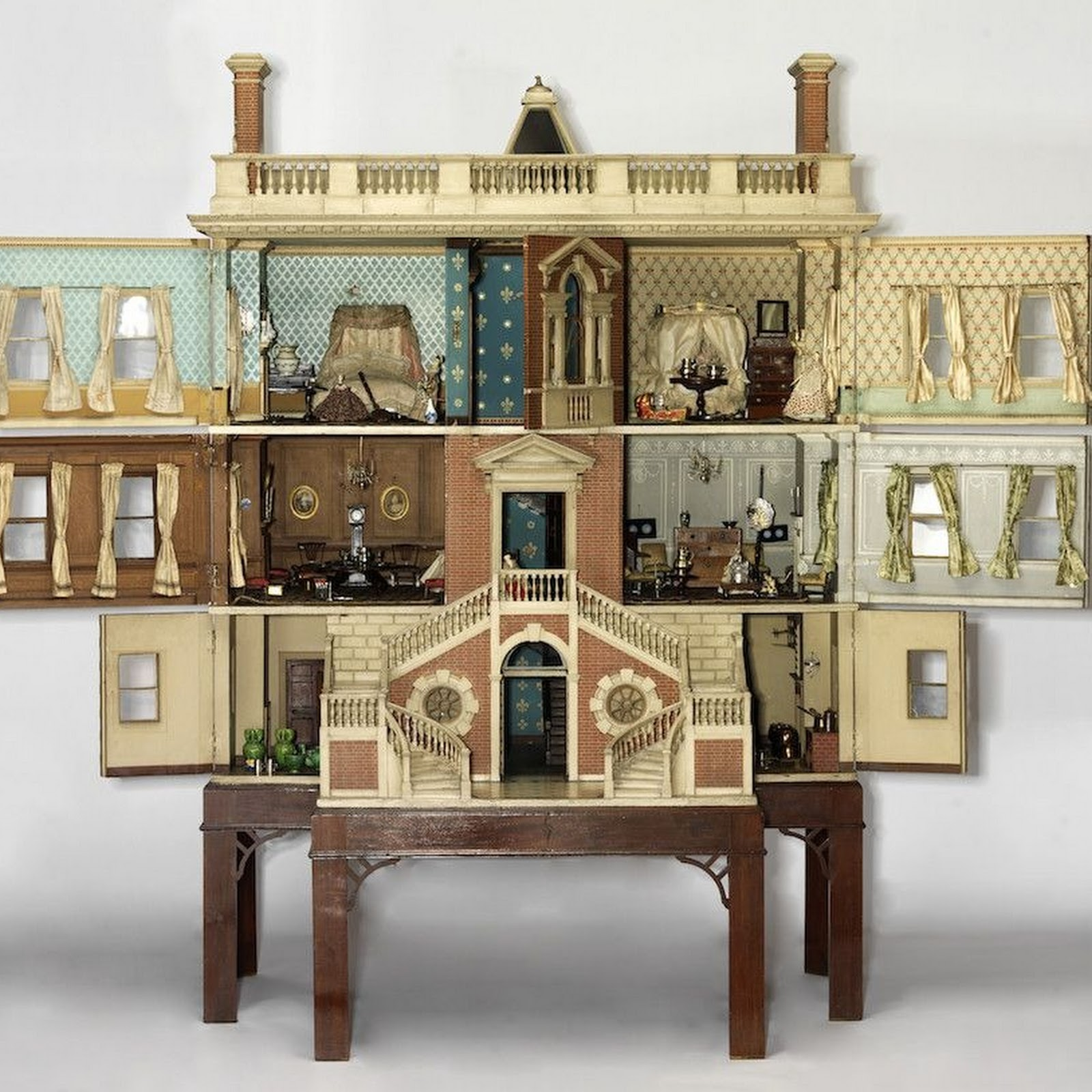 Historic Dollhouses Capture 300 Years of British Domestic Life