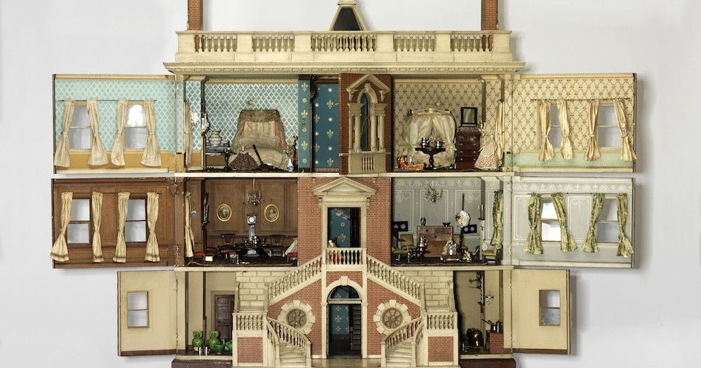 Historic Dollhouses Capture 300 Years Of British Domestic