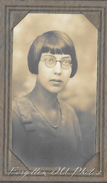 Kathaleen Quiletz 1920  FF ant