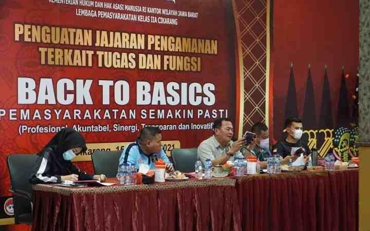 Back To Basics Tugas Fungsi Pemasyarakatan, Kalapas Cikarang Berikan Penguatan Pada Jajaran Pengamanan