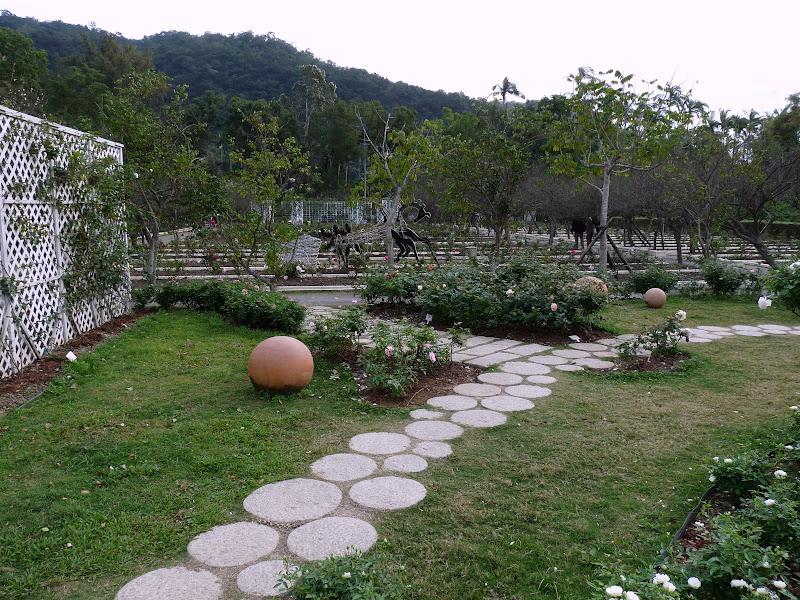 TAIWAN.Taipei. Dans le jardin de lune des nombreuses résidence présidentielle de CKS - P1050042.JPG