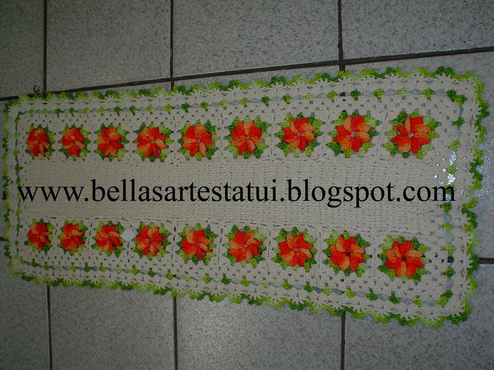 Trilho 18 Flores Croche