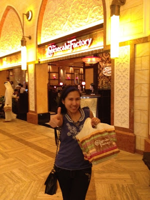 Thumbs up for the Cheesecake Factory
