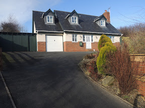 Sarn property on market