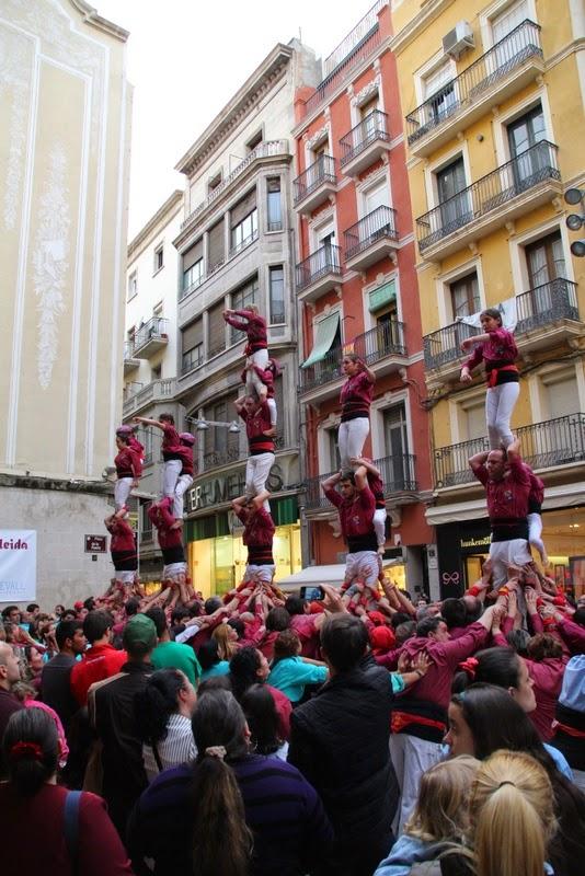 Actuació 20è Aniversari Castellers de Lleida Paeria 11-04-15 - IMG_9044.jpg