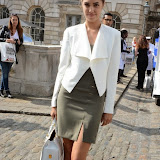 WWW.ENTSIMAGES.COM -   Amber Le Bon   at           LFW - Somerset House Courtyard Sunday September 14th 2014                                              Photo Mobis Photos/OIC 0203 174 1069