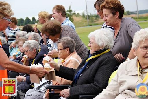 Rolstoel driedaagse 28-06-2012 overloon dag 2 (21).JPG