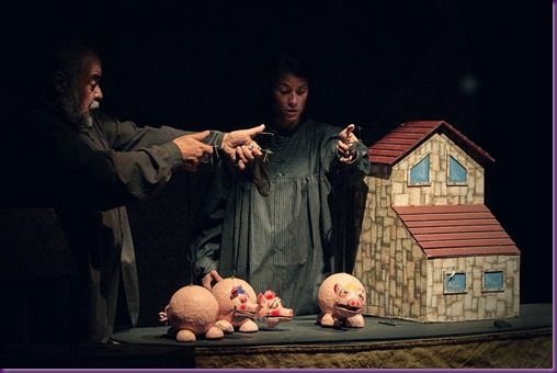 Los_tres_cerditos_Teatro_Arbolé_Zaragoza_4