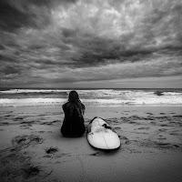 La solitudine in riva al mare di