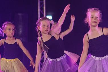 Han Balk Dance by Fernanda-3161.jpg
