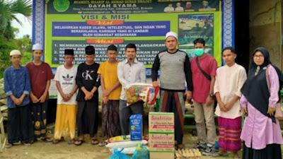BADKO HMI Aceh Bagikan Sembako di Bireuen