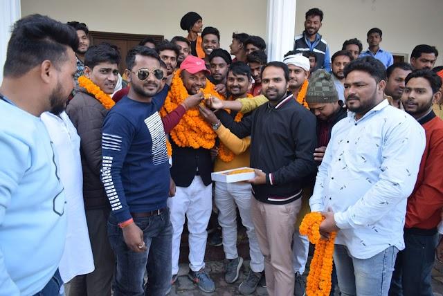 जौनपुर युथ कांग्रेस की कमान कलन्दर बिंद को , कार्यकर्ताओ में जोश