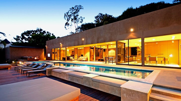 Luxury Mansion on Hollywood Hills