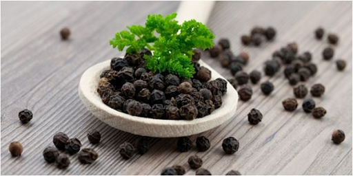 Black Pepper Is Not Only Beneficial For Humans, But Also Very Beneficial For Your Favorite Bangkok Chickens