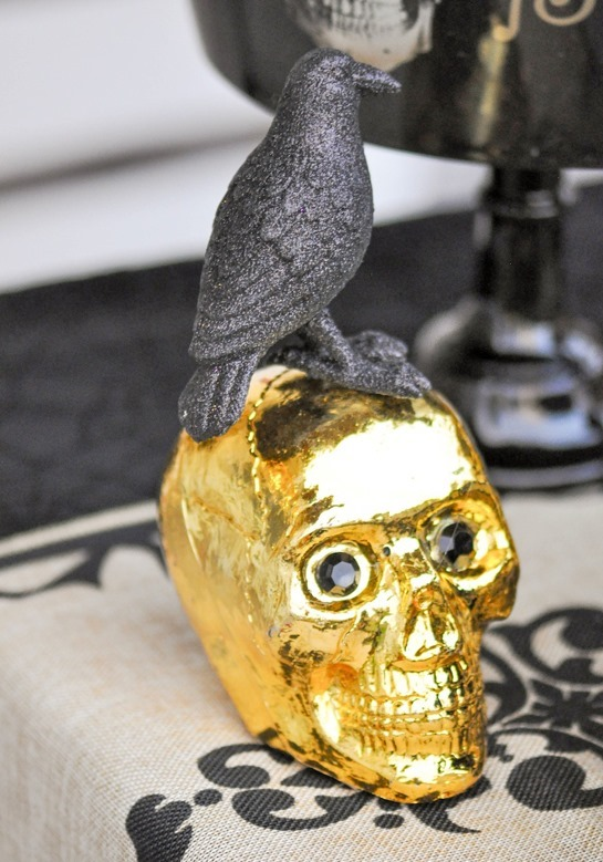 Boneyard-Skull-Halloween-Party-by-Karas-Party-Ideas-Kara-Allen-for-Party-City-11
