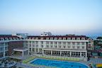 Фото 2 White Lilyum Hotel
