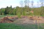 Přední část pozemku v sobotu 12.5. večer.