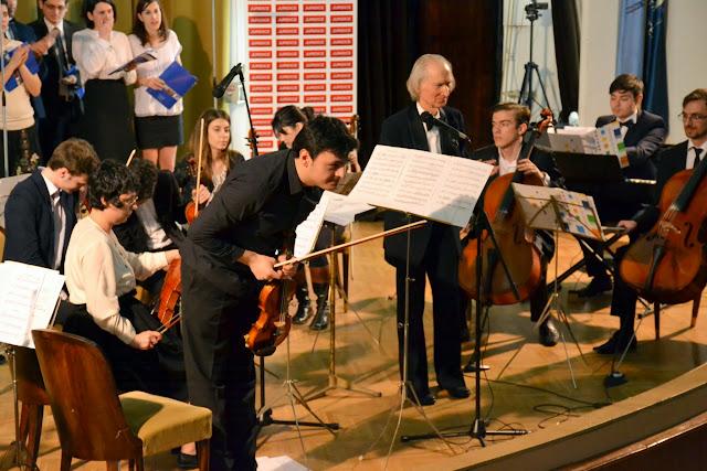 Concertul de Pasti, Corul si Orchestra Universitatii din Bucuresti (2015.04.07) - (86)