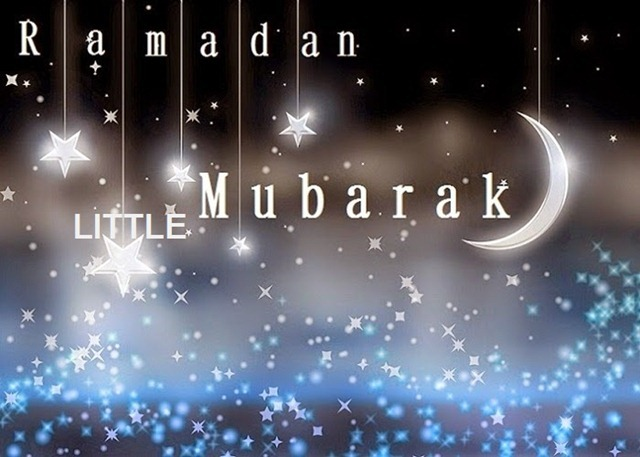 Ramadan-Mubarak-Hanging-Stars-And-Moon-Image
