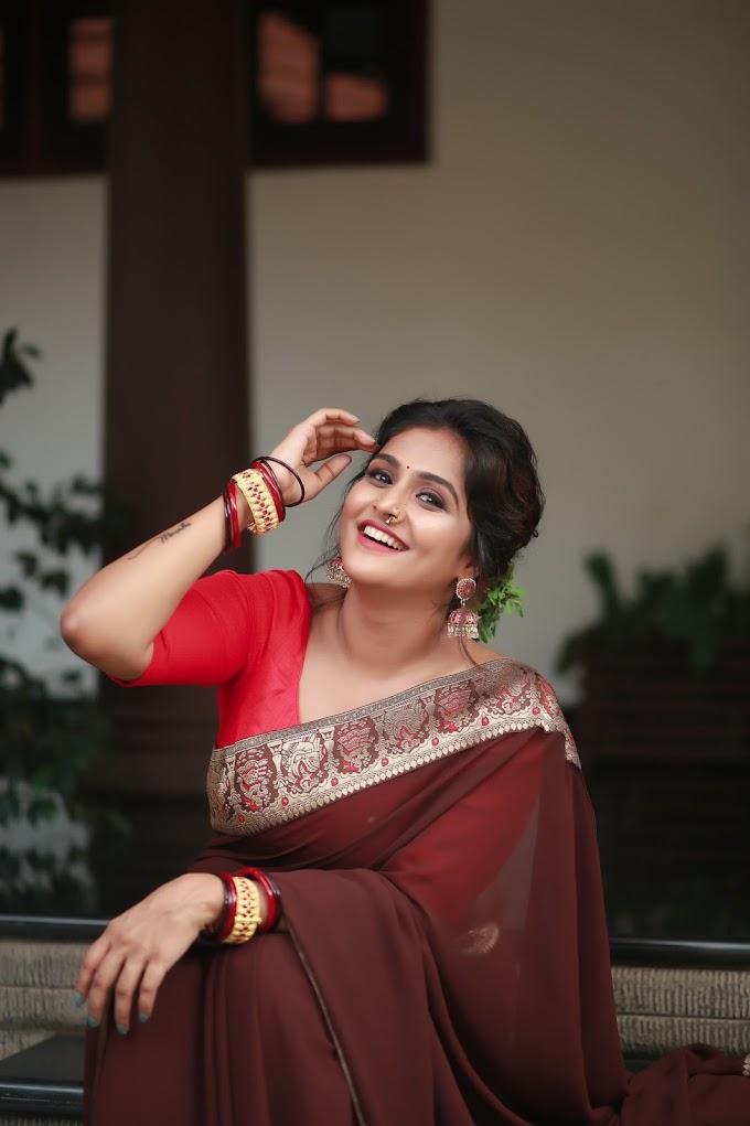 Remya Nambeesan Latest Saree Photoshoot Pic's