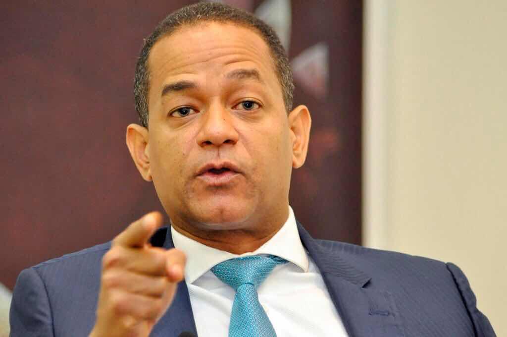 Senador Valentín dice Franklin Almeyda con su intolerancia, quiere arrastrar el PLD  al fango.