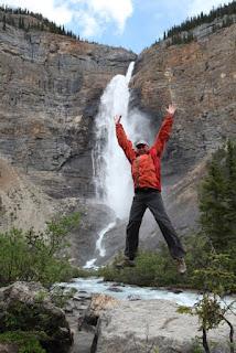 Pred 2. najvišjim slapom Kanade (254. metrov)
