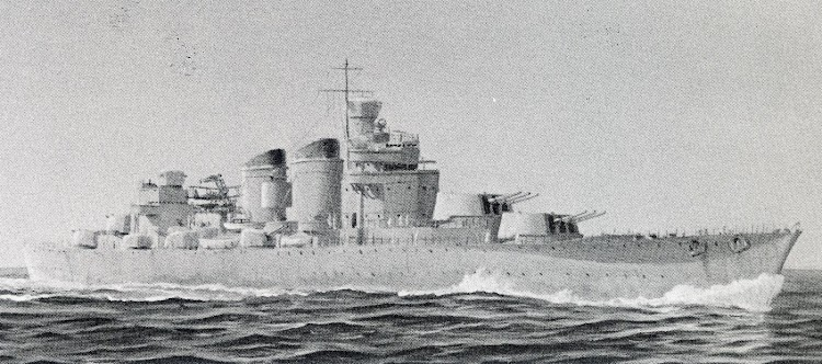 Versión 1. Crucero Super Washington. Diseño por Richar Allison. Del libro Battleships. Axis and Neutral Battleships in World War II.JPG