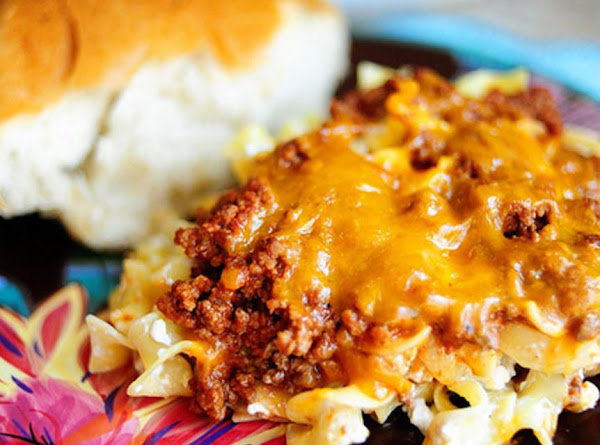 First Ladies / Hamburger-noodle Casserole Recipe