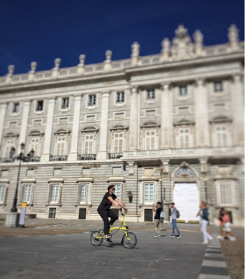 brompton-bicycle-palacio-real-madrid